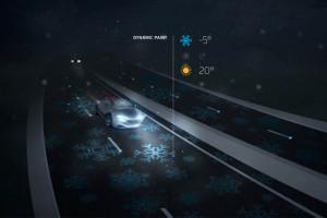 発光する「スマート高速道路」
